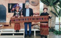 海南传统纺染织绣走进联合国教科文组织巴黎总部大楼,传统与时尚的碰撞