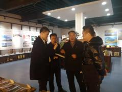 太原市一众企业家莅临永和县电商公共服务中心参观考察